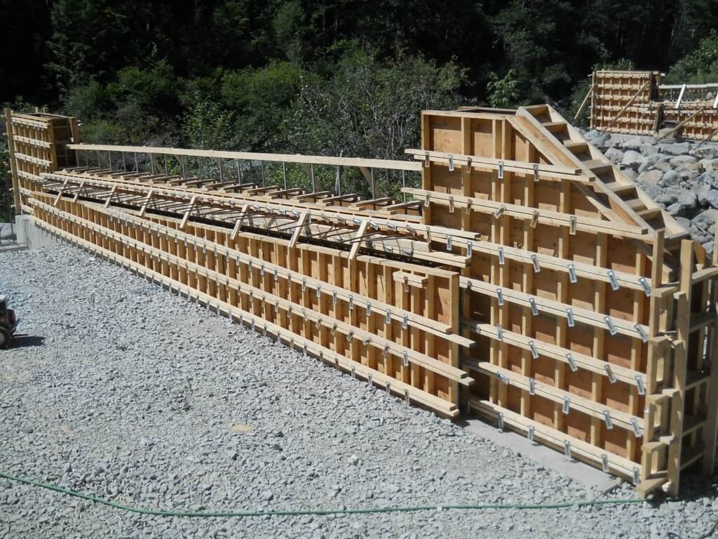 footing-back-fill-and-abutment-formwork-005-1024x768
